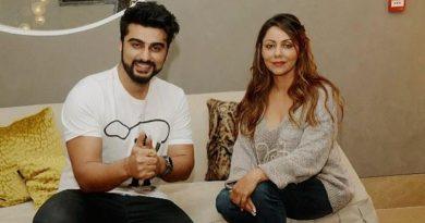 Arjun Kapoor's visit at Gauri Khan Design store!
