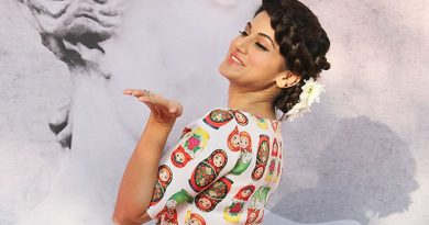 Women need to be their own heroes, reveals Taapsee Pannu!
