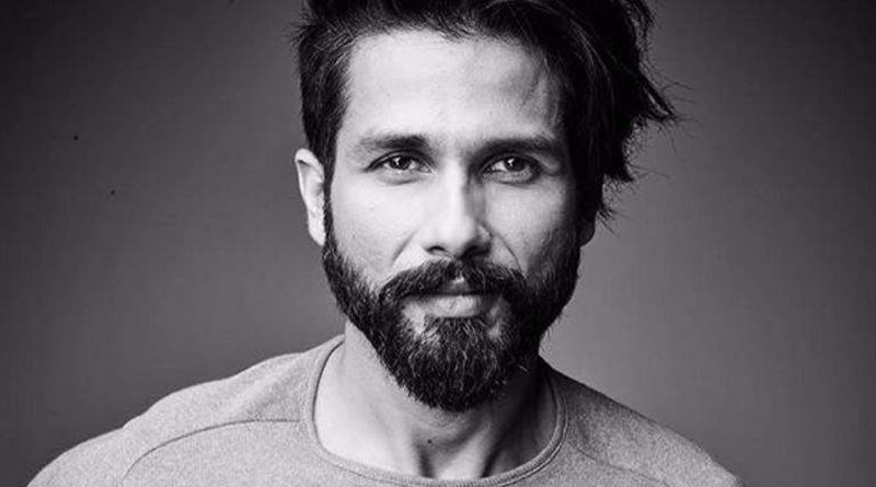 I don't know how people get the time to make so many true friends, says Shahid Kapoor!
