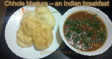 Chhole Bhature – an Indian breakfast and its recipe with video!