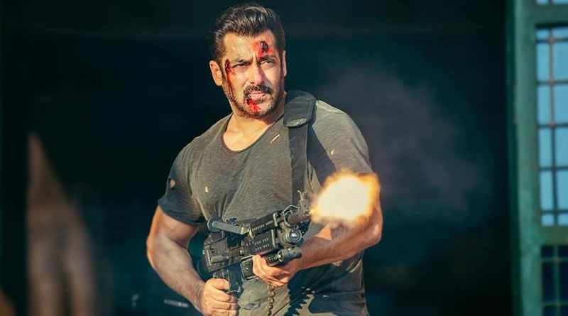 Salman's fierce look with blazing MG 42, a massive machine gun from Tiger Zinda Hai!