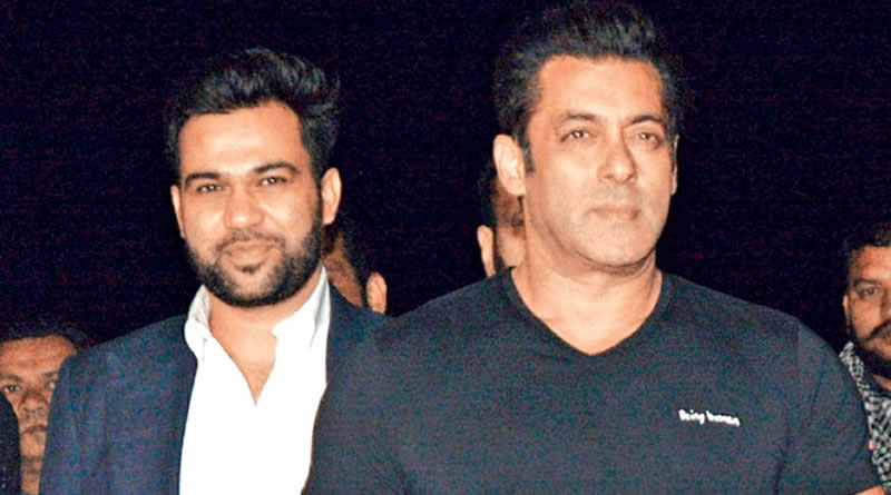 Ali Abbas Zafar praises Salman for immense knowledge!